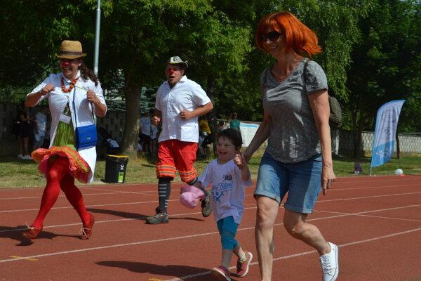 Deti boli zo športového dňa nadšené.