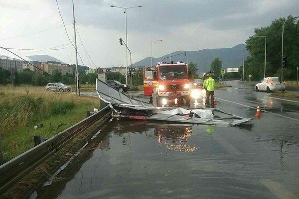 Zásah hasičov v Martine po búrkach v Žilinskom kraji, 14. júla 2021.