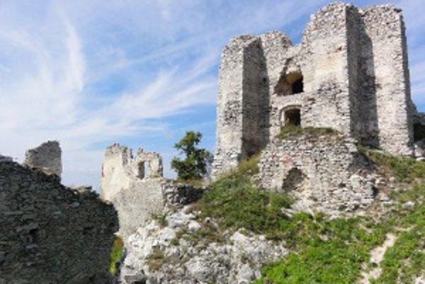 Stredoveký hrad Gýmeš.