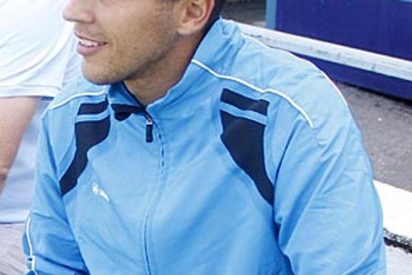 Tréner juniorky Michal Kuruc je ešte mladoženáčom, veď 25. júna povedal v Dolnom Kubíne áno svojej vyvolenej Alenke.