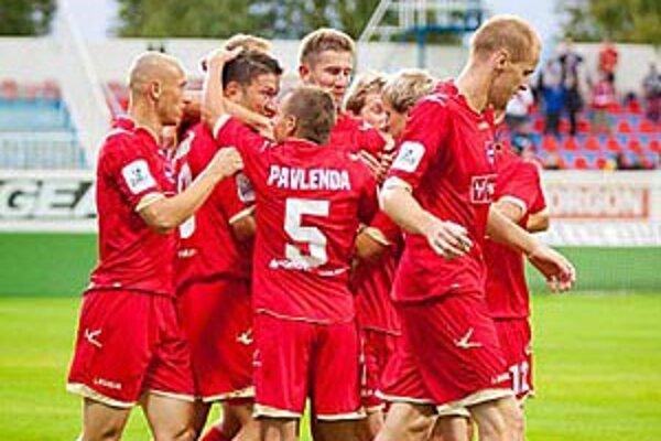 Vionisti sa v prvom polčase radovali z dvoch gólov v priebehu šiestich minút.