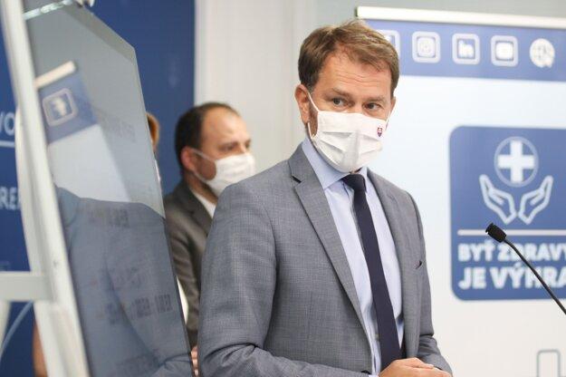 Igor Matovič počas tlačovej besedy o spustení prihlasovania sa do súťaže o očkovaciu lotériu.