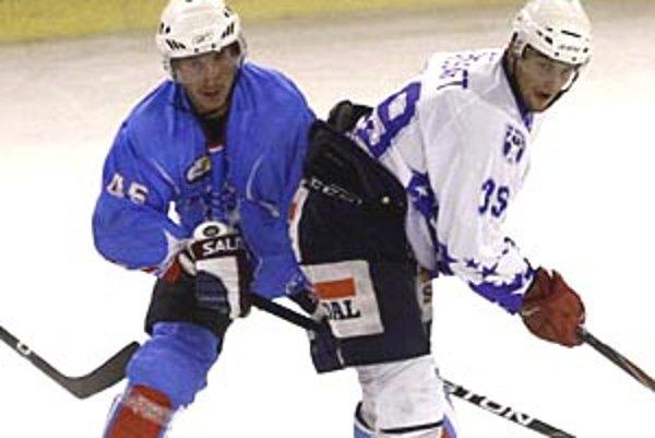 Jeden z nitrianskych gólov strelil mladík Maroš Grošaft (vpravo).