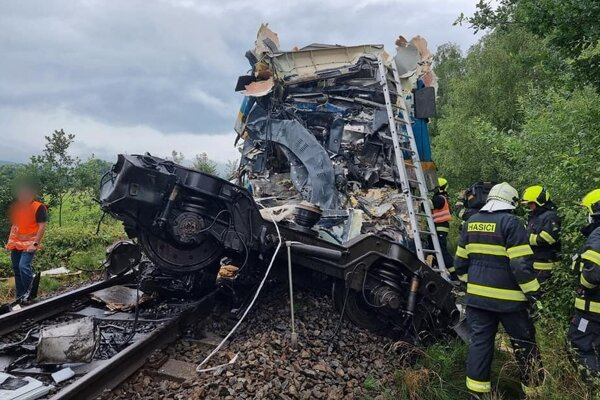 Nehoda vlakov na Domažlicku.