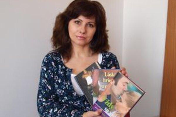 Jana Chmelová a jej tri úspešné knihy.