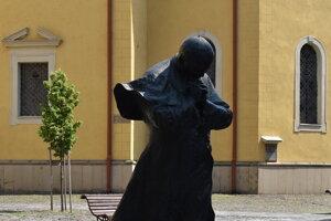 Socha Jána Pavla II. v Prešove.