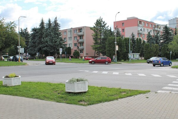 Svetelnú signalizáciu vybudujú na dvoch frekventovaných križovatkách.