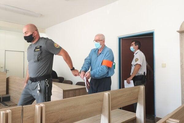Milan M. bol obžalovaný za pokus o vraždu. K skutku sa priznal.