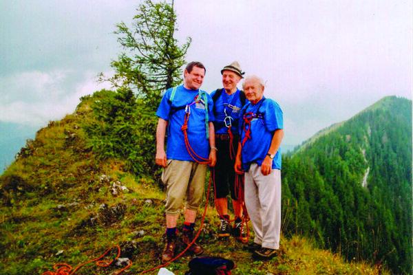 Na fotografii zľava Štefan Packa, Ladislav Milan a Karol Špánik.