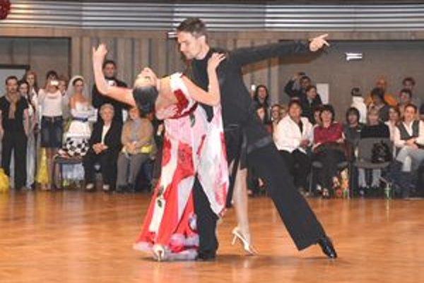 Súrodenci Surovcovci z Nitry získali na majstrovstvách SR v exhibíciách 2011 prvé miesto.