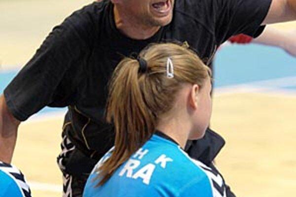 Slavomír Varga je prezidentom klubu a trénerom družstva žien, ktoré bude zaradené do WHIL.