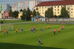 Futbalisti Stropkova si doma jednoducho poradili s Krompachmi.