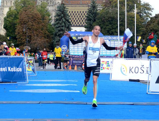 Tibor Sahajda na košickom maratóne. Nebude chýbať ani na polovičnej trati.