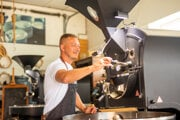 Marián Galuška z pražiarne 9 Grams Coffee