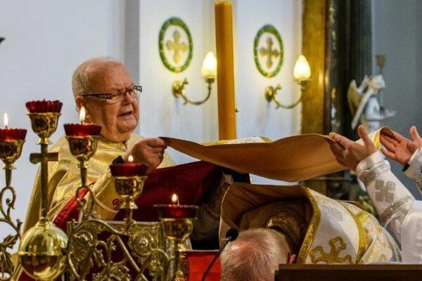 Gréckokatolícky kňaz o. mitrát Jozef Blaščák.