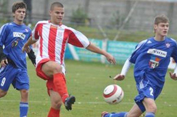 Stotisíc eur pre Požitavskú futbalovú akadémiu vyvolalo rozruch.
