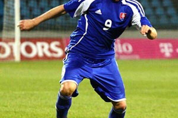 Útočník Nitry Matúš Mikuš strelil víťazný gól Slovákov.