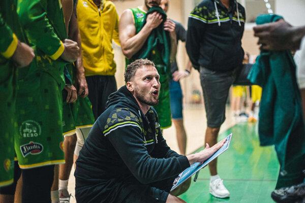 Levičanov povedie aj vnadchádzajúcej sezóne tréner Michal Madzin.