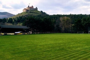 Futbal v Krásnohorskom Podhradí aktuálne prežíva ťažké časy.