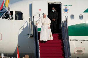 Pápež František priletí na Slovensko v nedeľu podvečer.