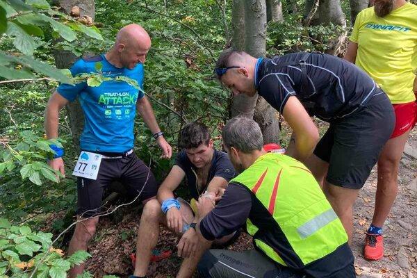 Záchranári pomáhali mužovi na Veľkej Rači