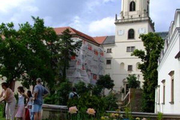 V rozpočte mesta sa peniaze na rekonštrukciu vstupného mosta do hradu nenašli.