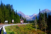 Cesta slobody je dopravná tepna vedúca cez celé Vysoké Tatry.