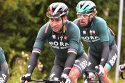 Peter Sagan v zábere s tímovým kolegom Danielom Ossom.