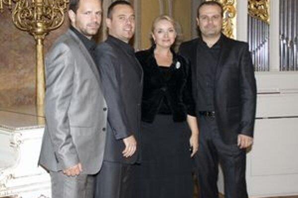 Eva Pavlíková a skupina La Gioia.