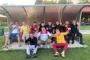 Radosť hráčov Buzitky po výhre nad Tomášovcami