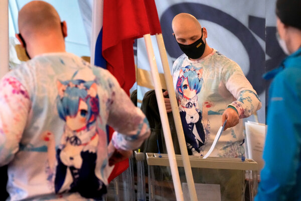 Rusi hlasujú v parlamentných voľbách.
