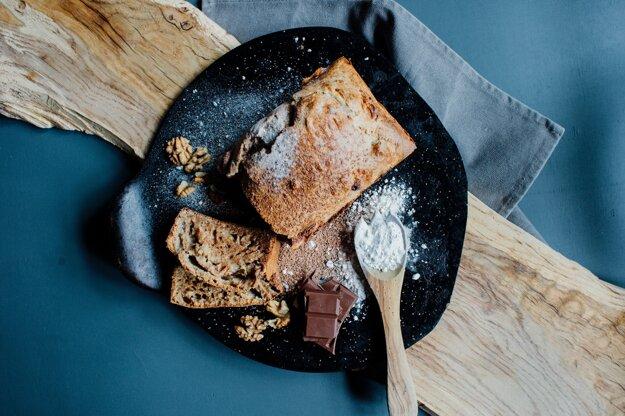 Cuketový chlieb s čokoládou. K receptu sa dostanete po kliknutí na obrázok.