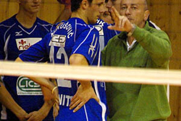 Tím Jána Hukela sa najbližšie predstaví v pondelok doma proti Prešovu pred televíznymi kamerami.