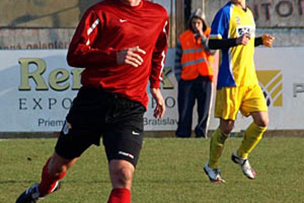 Útočník Palárikova Pavol Zlatňanský rozhodol jediným gólom druhý domáci zápas za sebou.