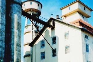 Levický mlyn, rok 2000.
