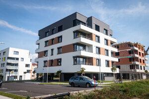 Stavebný úrad v Liptovskom Mikuláši má aktuálne na stole žiadosti o územné rozhodnutie alebo stavebné povolenie pre približne 400 bytov.