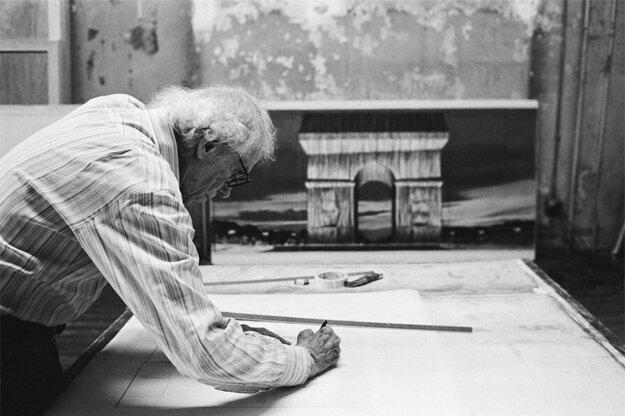 Christo prišiel s projektom obalenia Viťazného oblúku v roku 1961