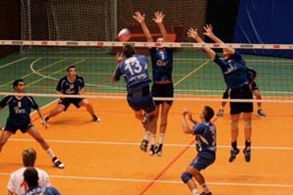 Muži hrali tri dni na turnaji v Prahe. Bol to posledná previerka pre volejbalistov pred štartom ligy.