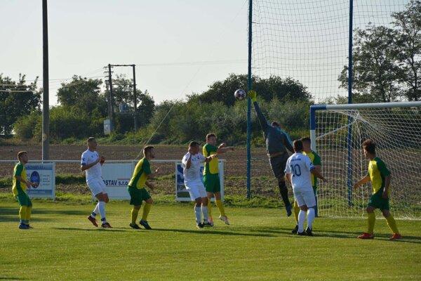 Zápas Nová Dedina - Horné Turovce 7:0 (2:0)