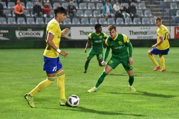 Futbalisti Michaloviec si poradili so žilinským súperom.