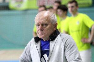 Vincent Debnár naposledy zbieral úspechy s dorastencami Nevidzian. Áčko Vrábeľ už raz trénoval - pred siedmimi rokmi.
