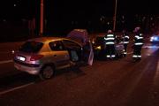 Podľa informácii z miesta nehody mal byť mladík pod vplyvom alkoholu.