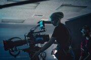 Kameramanka Halyna Hutchinsová, ktorá prišla pri natáčaní filmu Rust o život.