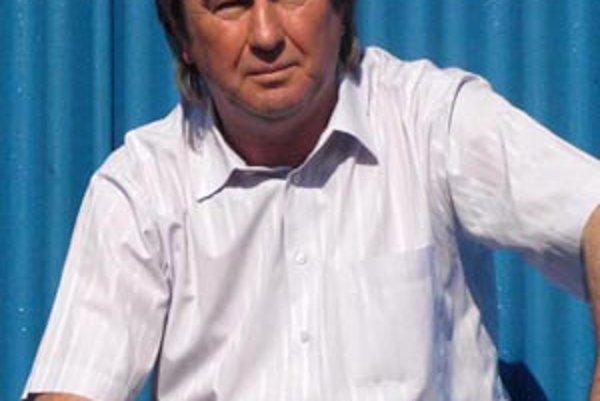 Tréner Tibor Meszlényi prišiel do Serede z Gabčíkova.