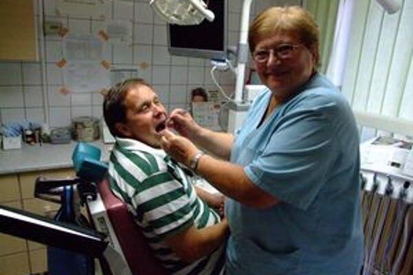Lekárka Anna Spišáková sa bez vŕtačky a svetla nemohla ani pohnúť, pacientov musela poslať domov.