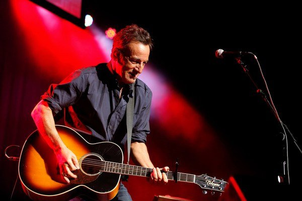 Bruce Springsteen na nečakanom koncerte v Ausbury Parku.
