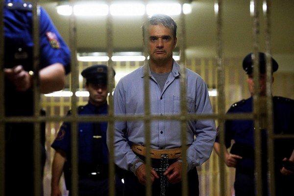 Mysľou vraha sa zaoberal nedávno aj český režisér Petr Jákl vo filme Kajínek (na snímke). Podstatne menej fikcie je v knihe Antona Heretika  Zlo.