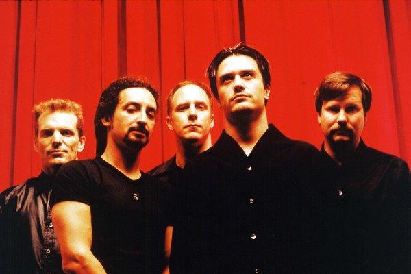 Kapela na čele s Mikeom Pattonom sa na Slovensko vráti po viac, než dvadsiatich rokoch.