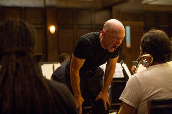 J. K. Simmons  v úlohe tvrdého učiteľa môže dostať Oscara.