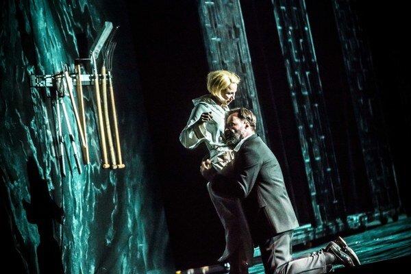 Scéna Borisa Kudličku sa vedeniu Metropolitnej opery páčila, slovenský umelec dostal už aj ďalšiu ponuku.